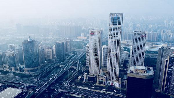 楼 北京 国贸  摄影 经济日报-中国经济网记者 付云鹏 20180728.jpg