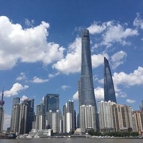 上海外滩瞭望浦东-摄影 经济日报-中国经济网记者 杨淼.jpg